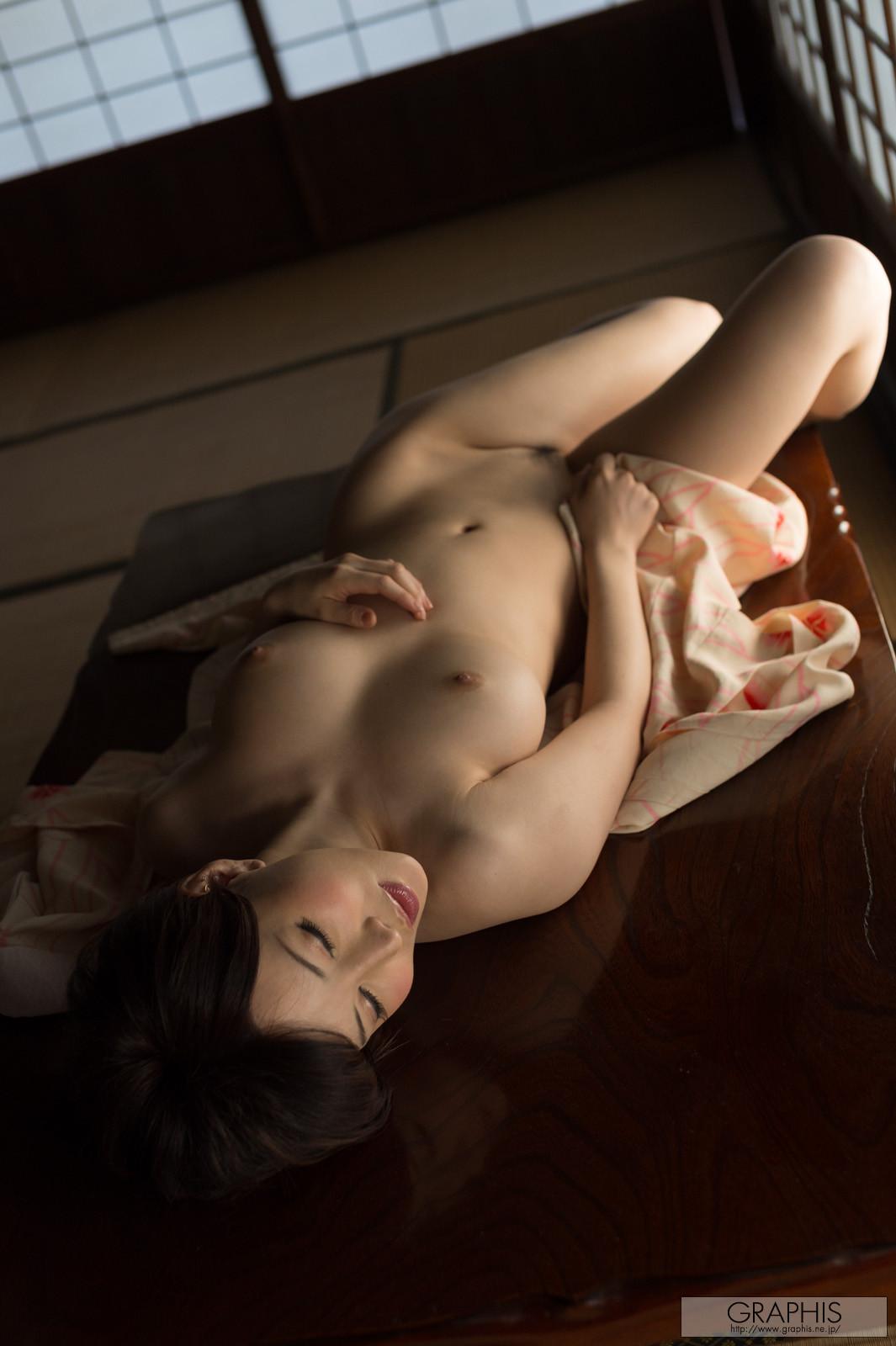 satomi-yuria-090