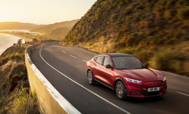 Prévisions de trafic : Ford va s'appuyer sur TomTom Global Traffic Service pour la nouvelle génération de son système embarqué SYNC PM-FORD-MUSTANG-MACH-E