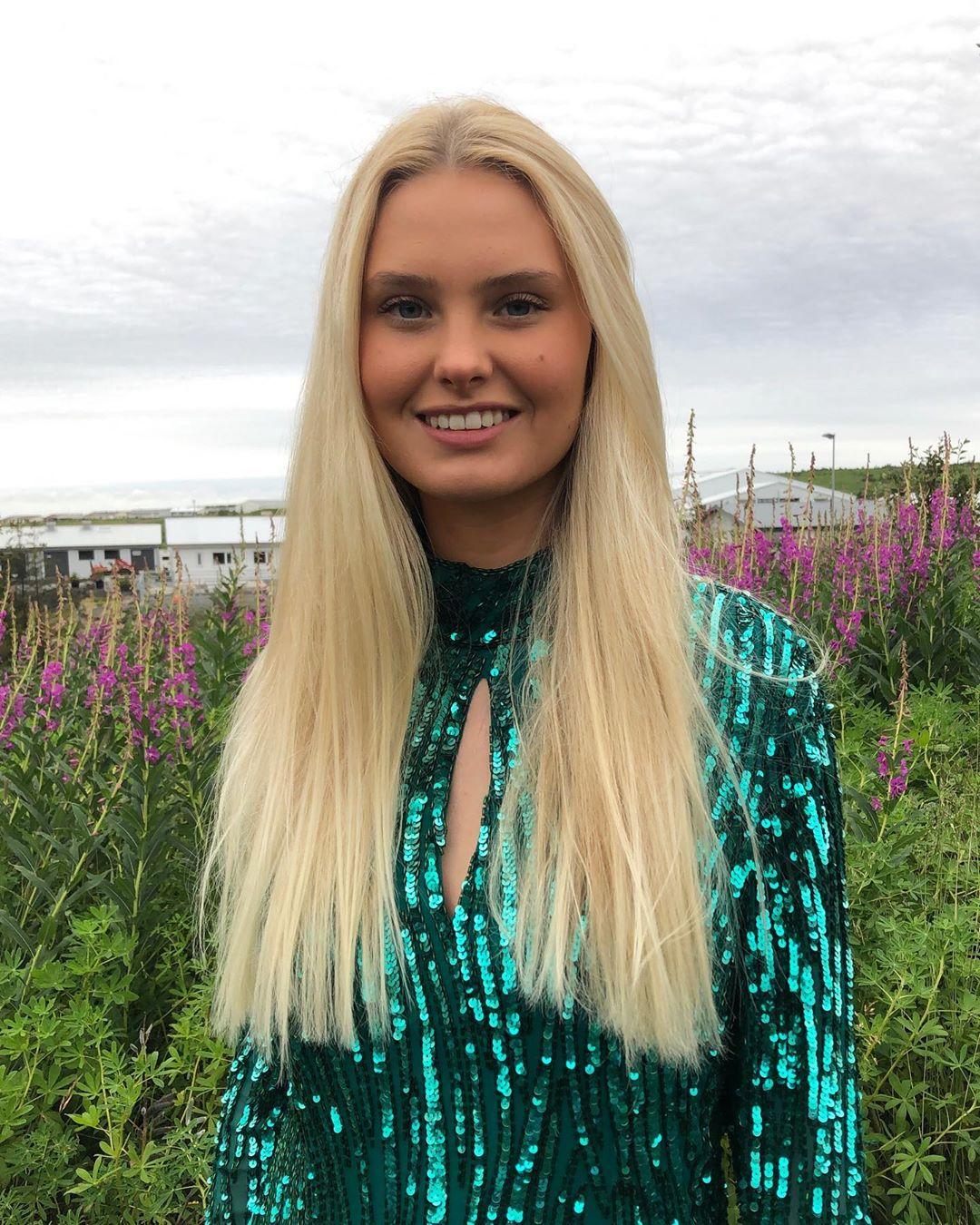 candidatas a miss iceland 2020. final: 23 oct. - Página 3 Hallaakaren-117744047-181905813344419-650693442262394923-n