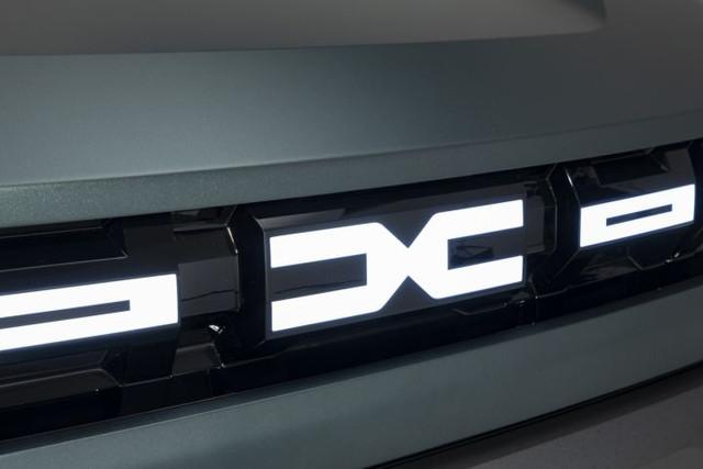 2021 - [Dacia] Bigster Concept - Page 3 1-AAB8878-C280-41-A9-9-C1-C-B3993-E26-EB31