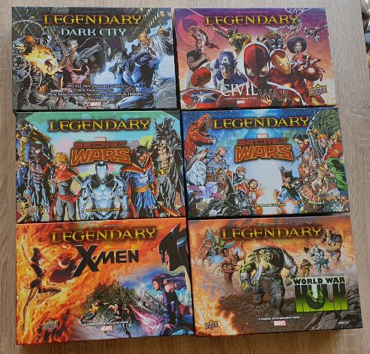 Alle grote uitbreidingen voor Marvel Legendary. Secret Wars is zelfs verdeeld over twee dozen.