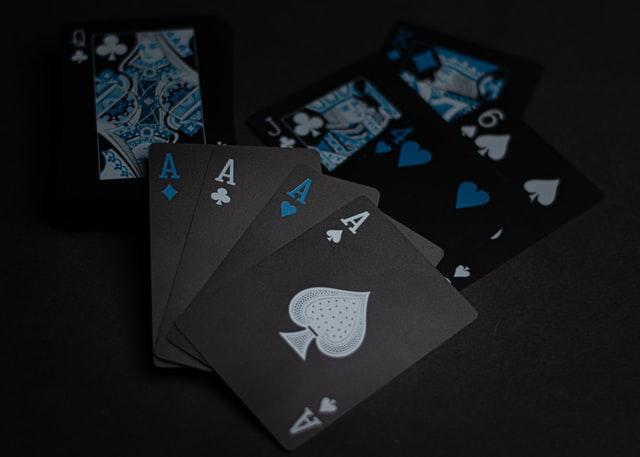 https://i.ibb.co/qj8S52c/play-poker-on-Indonesian-casino-site.jpg