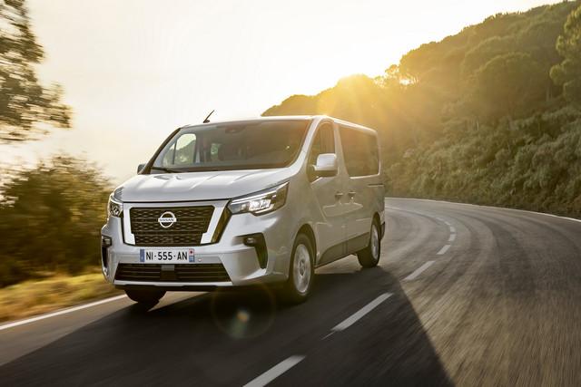 2014 [Renault/Opel/Fiat/Nissan] Trafic/Vivaro/Talento/NV300 - Page 21 8-ED73-AF8-9-AF2-4-C90-A1-C6-FEF37-CCB2-FBD