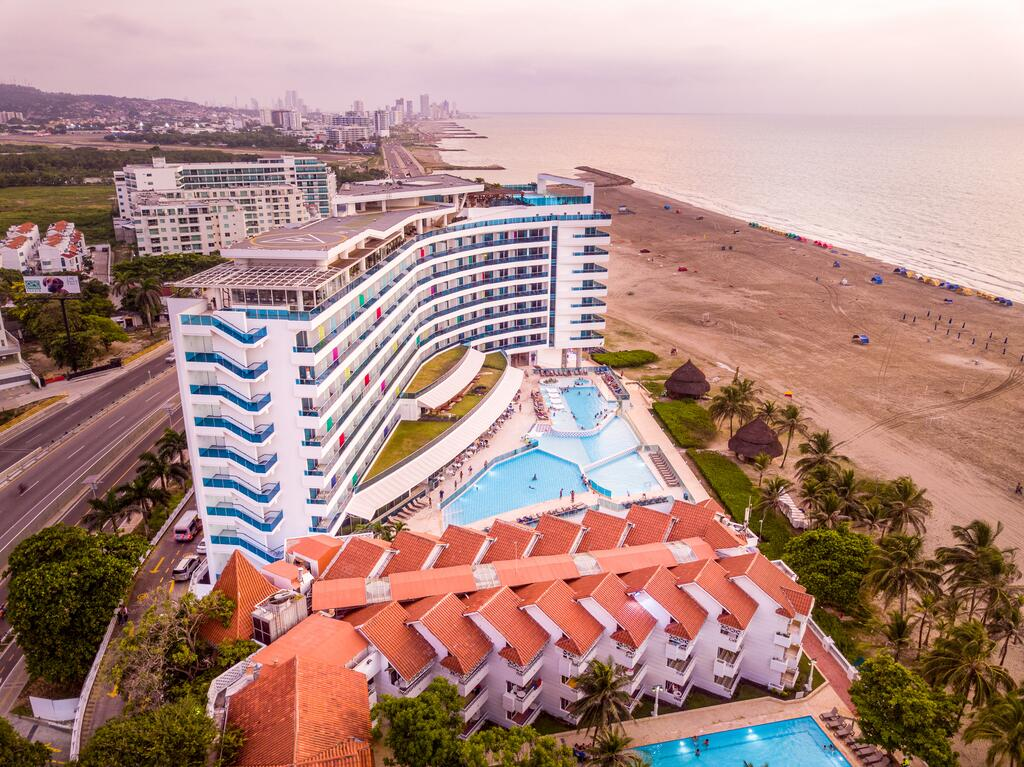 hotel-las-americas-torre-del-mar-playa