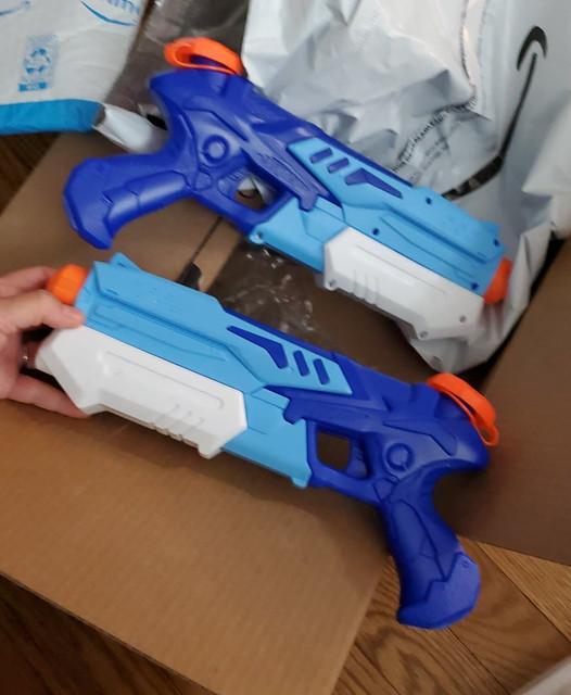 Good water gun for kids under 7 y.o.