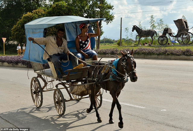22160950-7785767-View-of-horse-carriages-in-Granma-province-Cuba-on-November-15-2-a-46-1576170216511