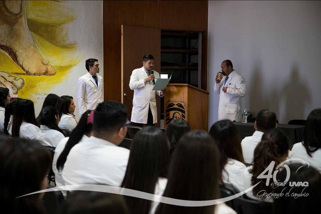conferencia-normatividad-salud-Medicina-UVAQ-IMG-8272