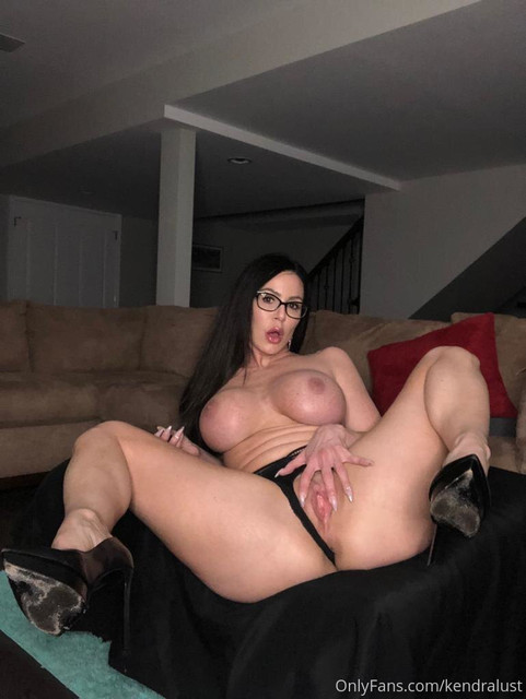 19-12-04-dm-01-Are-you-going-to-help-me-buy-a-new-toy-to-stick-in-this-wet-pussy-769x1024