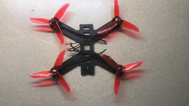 202105-Dron-01