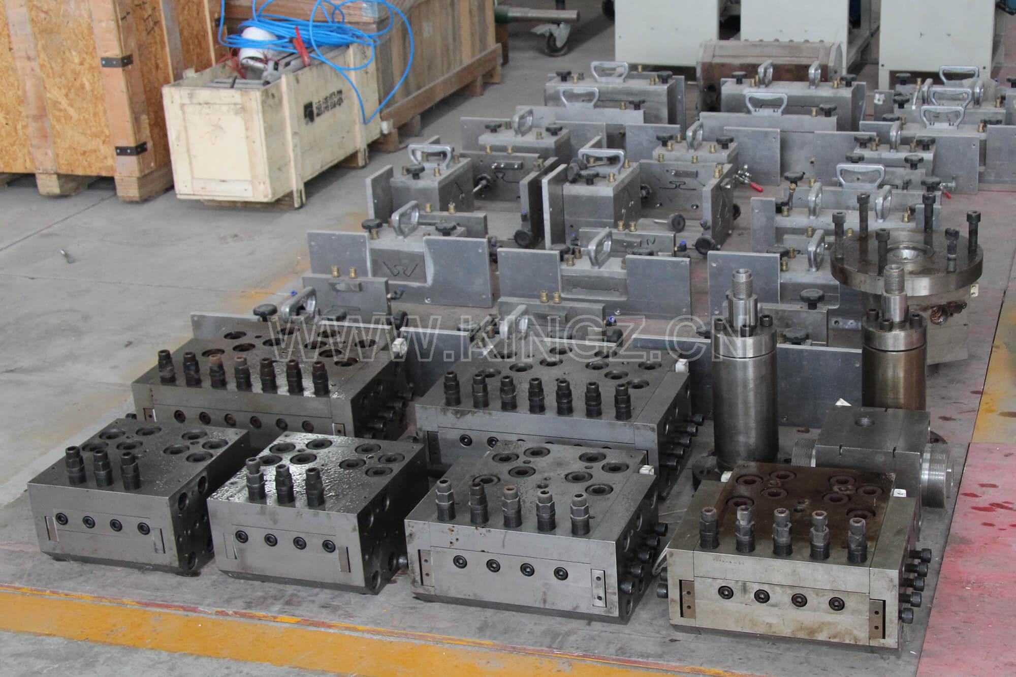 PVC-siding-mould