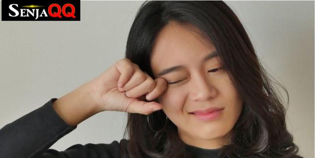 7 Cara Menghilangkan Kebiasaan Pegang Wajah untuk Cegah Covid19