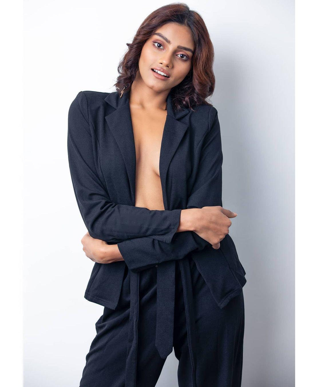 candidatas a femina miss india 2020. final: 10 feb. top 15 pag.3. - Página 3 FIlv4I
