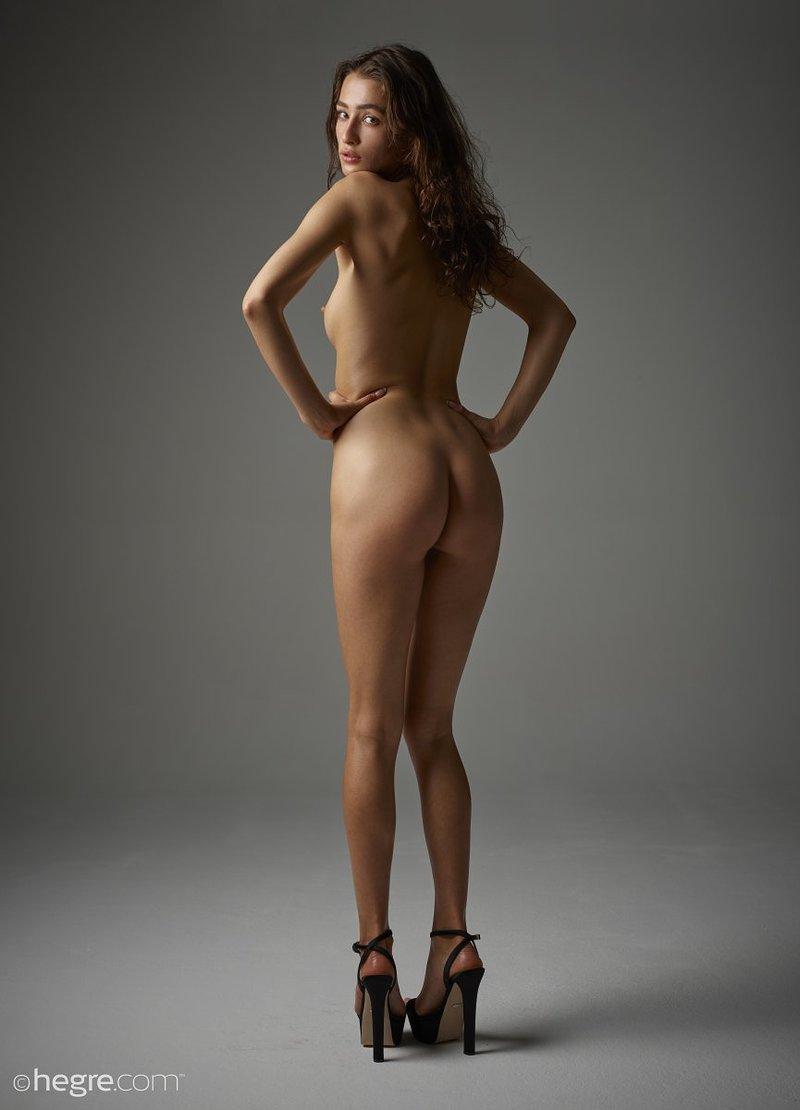 brunette-bombshell-sashenka-takes-off-her-black-lingerie-to-expose-her-assets-14-w800