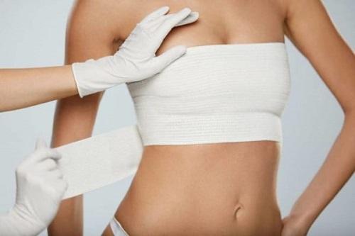Nâng ngực nội soi có đau không? Chuyên gia tư vấn 101