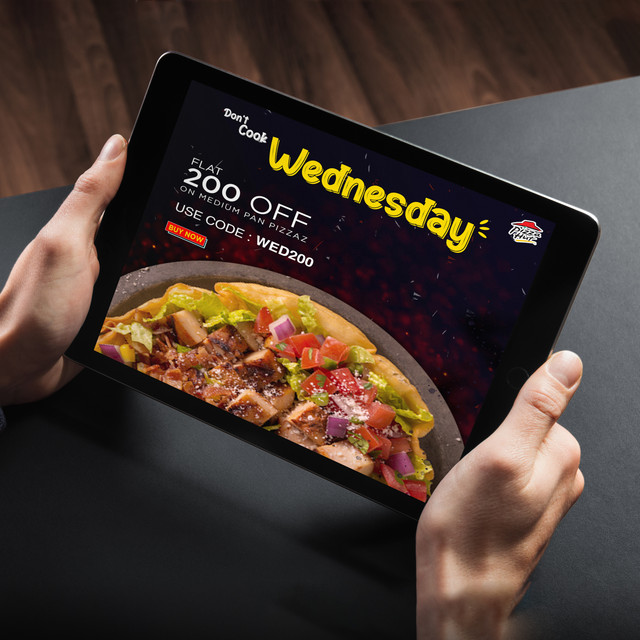 Pizza Hut : Poster Design