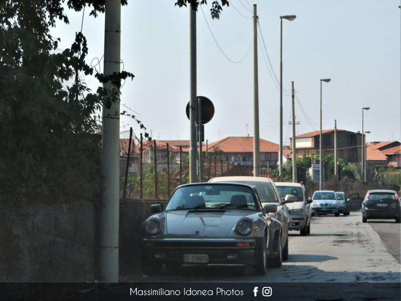 avvistamenti auto storiche - Pagina 32 Porsche-911-Turbo-3-3-300cv-82-CT710074