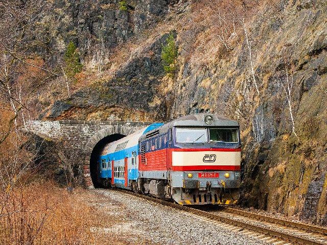 """Réseau point-to-point - """"Trollvesnice - Černém Kopci"""", quelque part en Tchéquie ... Railway-eleznice-train-vlak-d-esk-dr-hy-749-749121-1127904-jpg-d"""