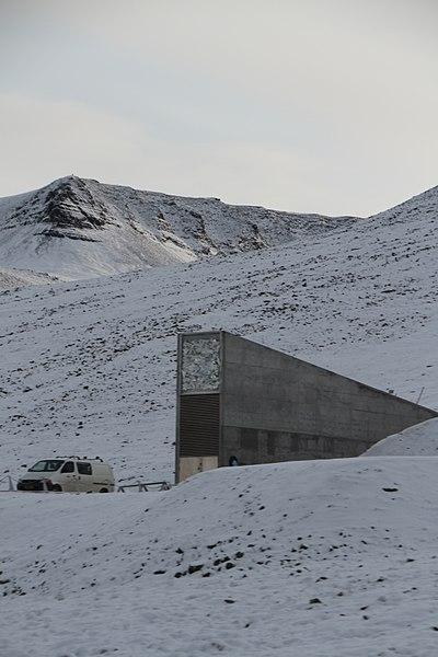 400px-Svalbard-seed-vault-IMG-8893-1.jpg