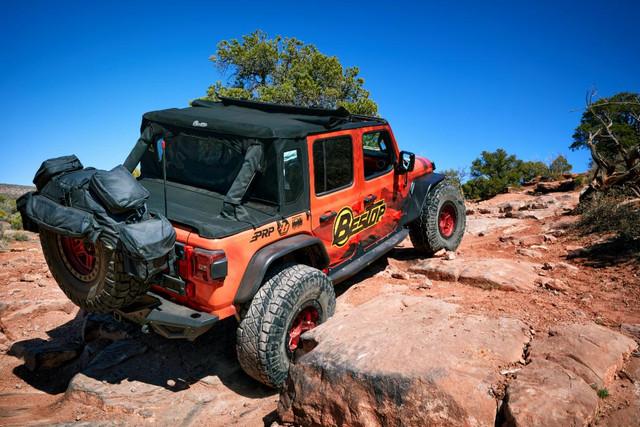 Bestop-Half-Top-Moab-1-sm.jpg