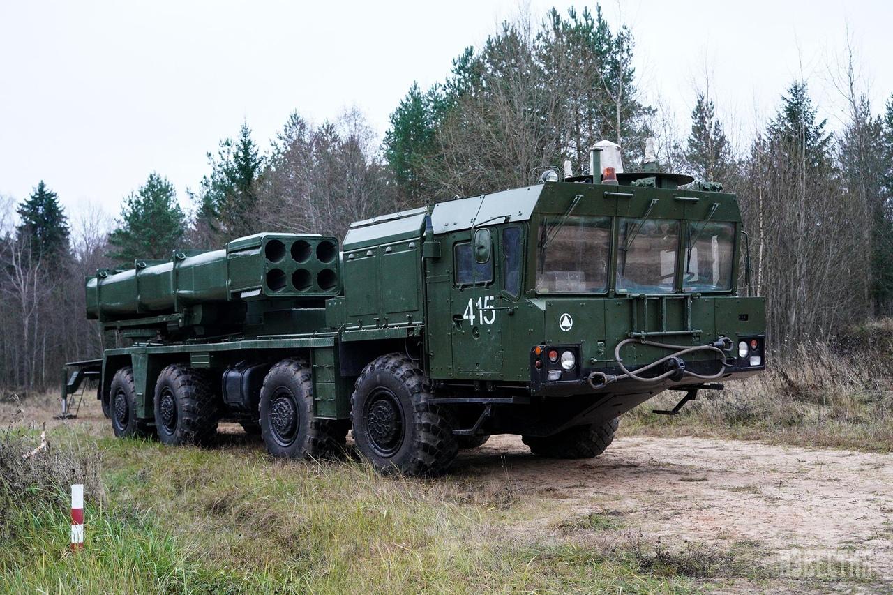 E1-YGux-Xdab-M