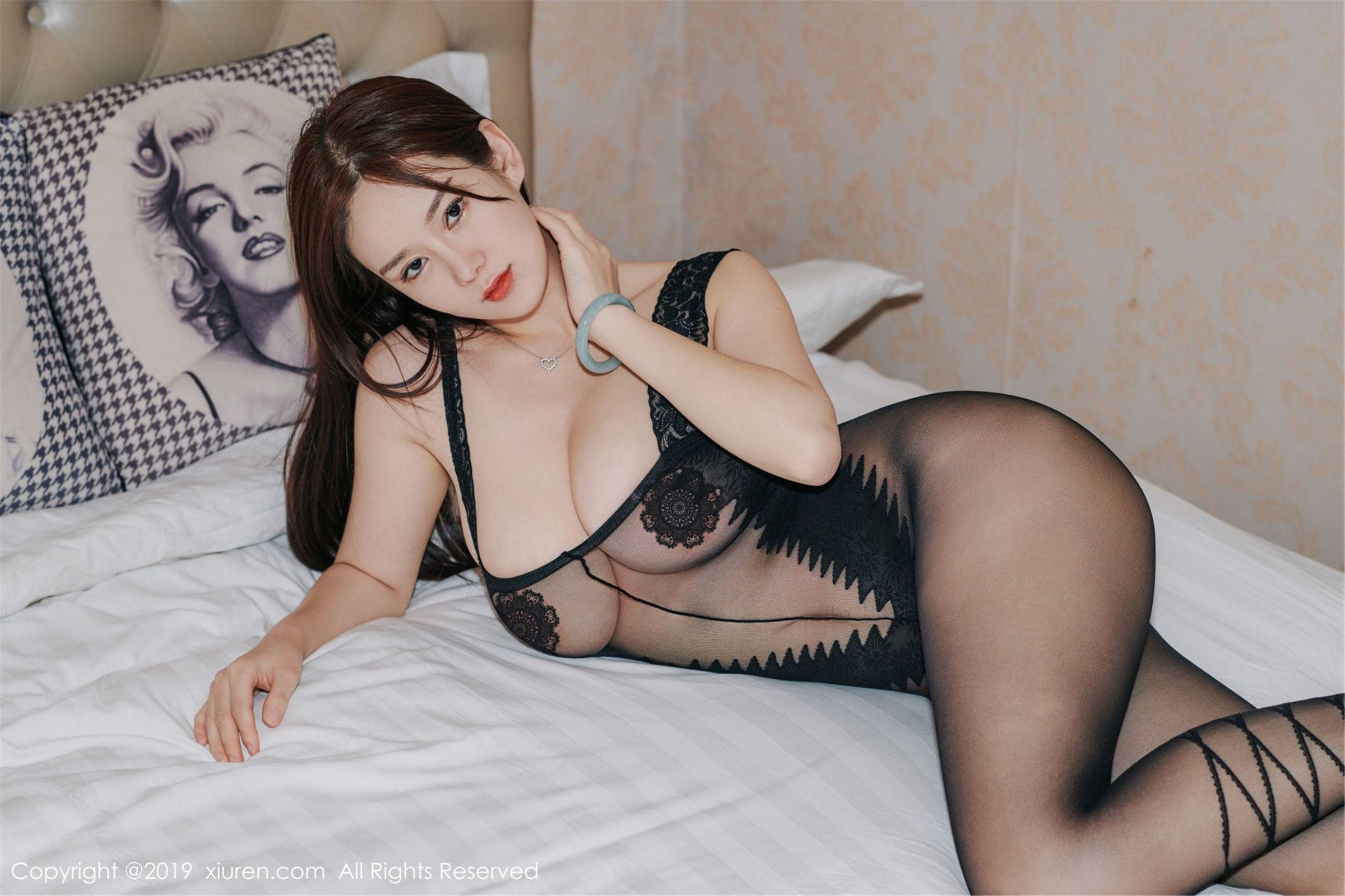 [XIUREN秀人] No.1413 巨乳女神@易阳Silvia第四套性感写真