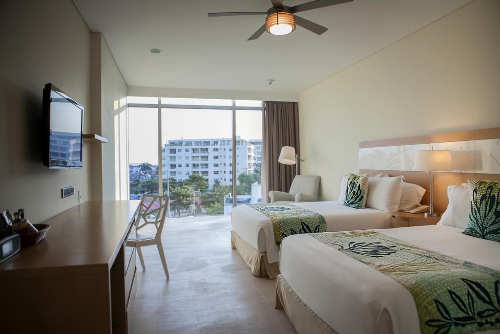 hotel-las-americas-torre-del-mar-habitacion-doble