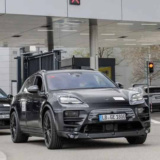 2022 - [Porsche] Macan - Page 3 98-A150-AD-C3-E4-4-A59-A8-FF-2-B522-DAA609-C