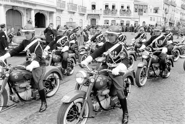Gendarmerie-on-Sunbeam-S8-motorcycles-waiting-to-Escort-Queen-Elizabeth-II-on-her-visit-to-Lisbon-in