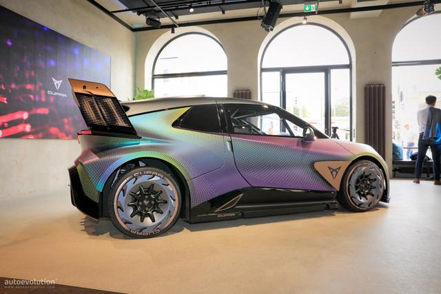 2021- [Cupra] UrbanRebel Concept  4-D4-E4-B9-F-7-FD2-4041-84-C5-A76304-D8-FE97