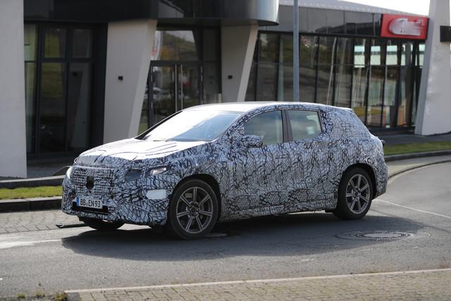 2022 - [Mercedes-Benz] EQS SUV - Page 2 27-DB0-FC8-8-B77-49-F1-B5-F2-AEC9-B6184486