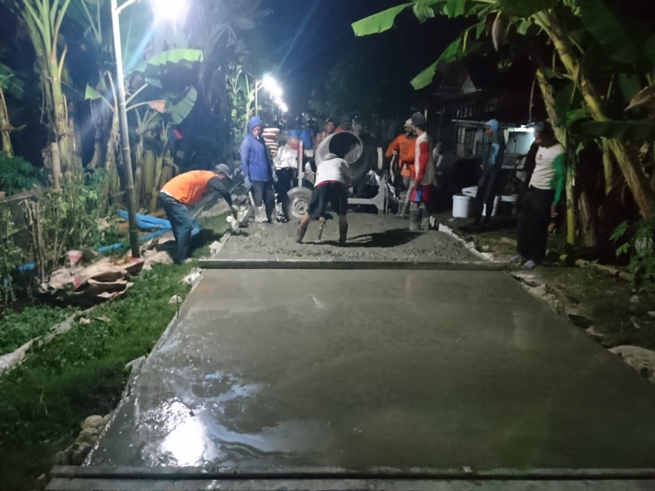 Pembangunan Rabat Beton Jalan Lingkungan Dusun Krajan Rt 02/04 Desa Panunggalan