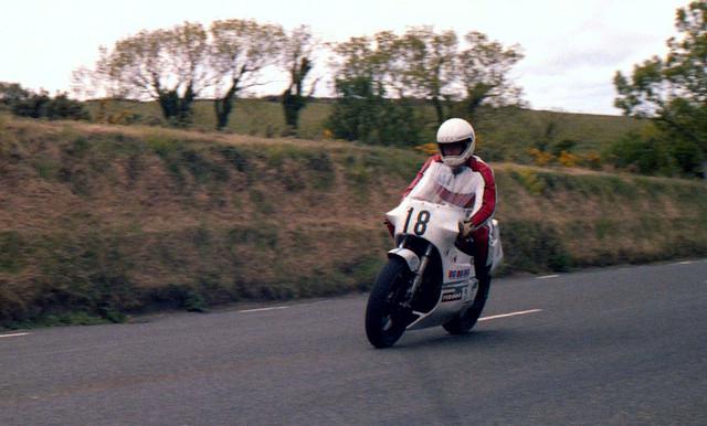 [Image: 1984-Isle-of-Man-TT-9.jpg]