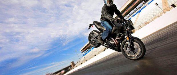 consejos-frenar-moto-620x264