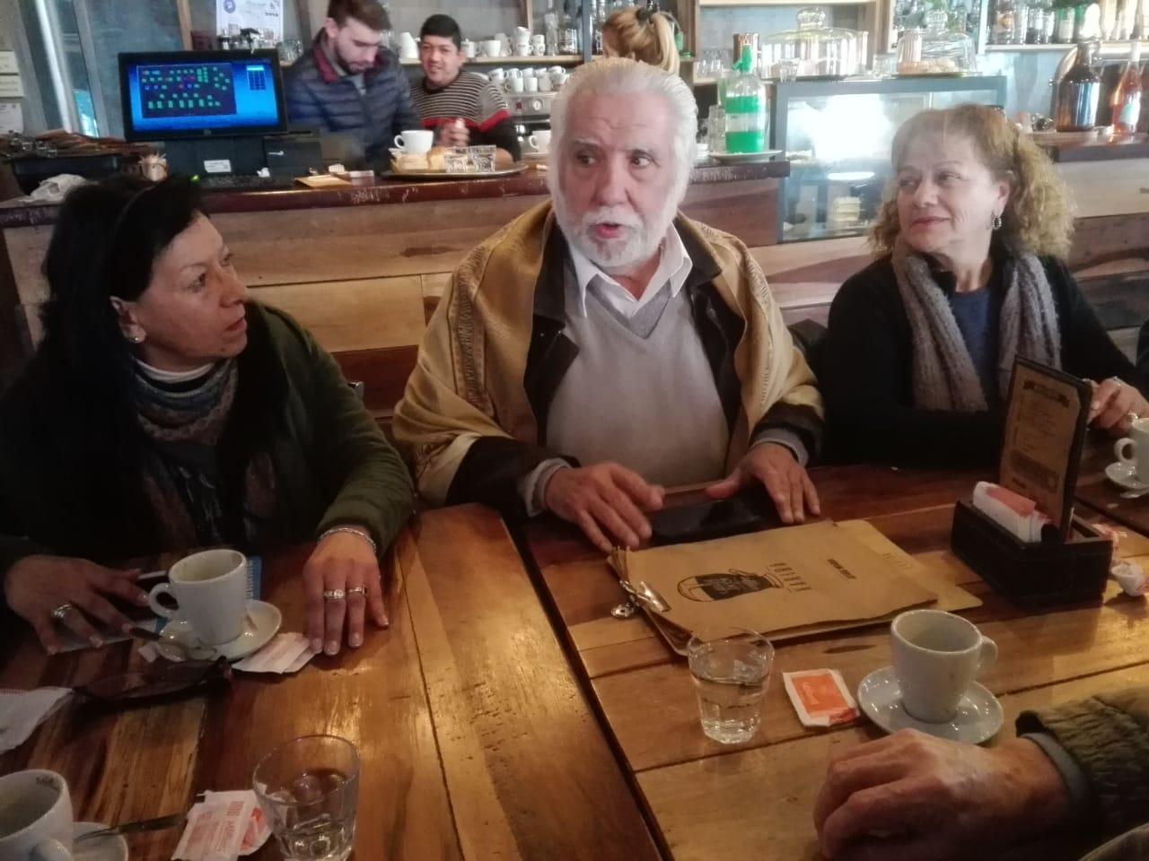 enrique-asbert-reunion-kirchneristas-alberto-5