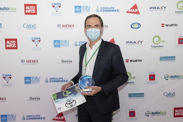 Toyota remporte le « prix marque automobile » des Trophées de l'Environnement 2020 Laureat-trophee-marque