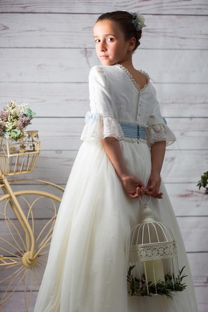 vestidos-de-comunion-diferentes-leonor-y-sofia