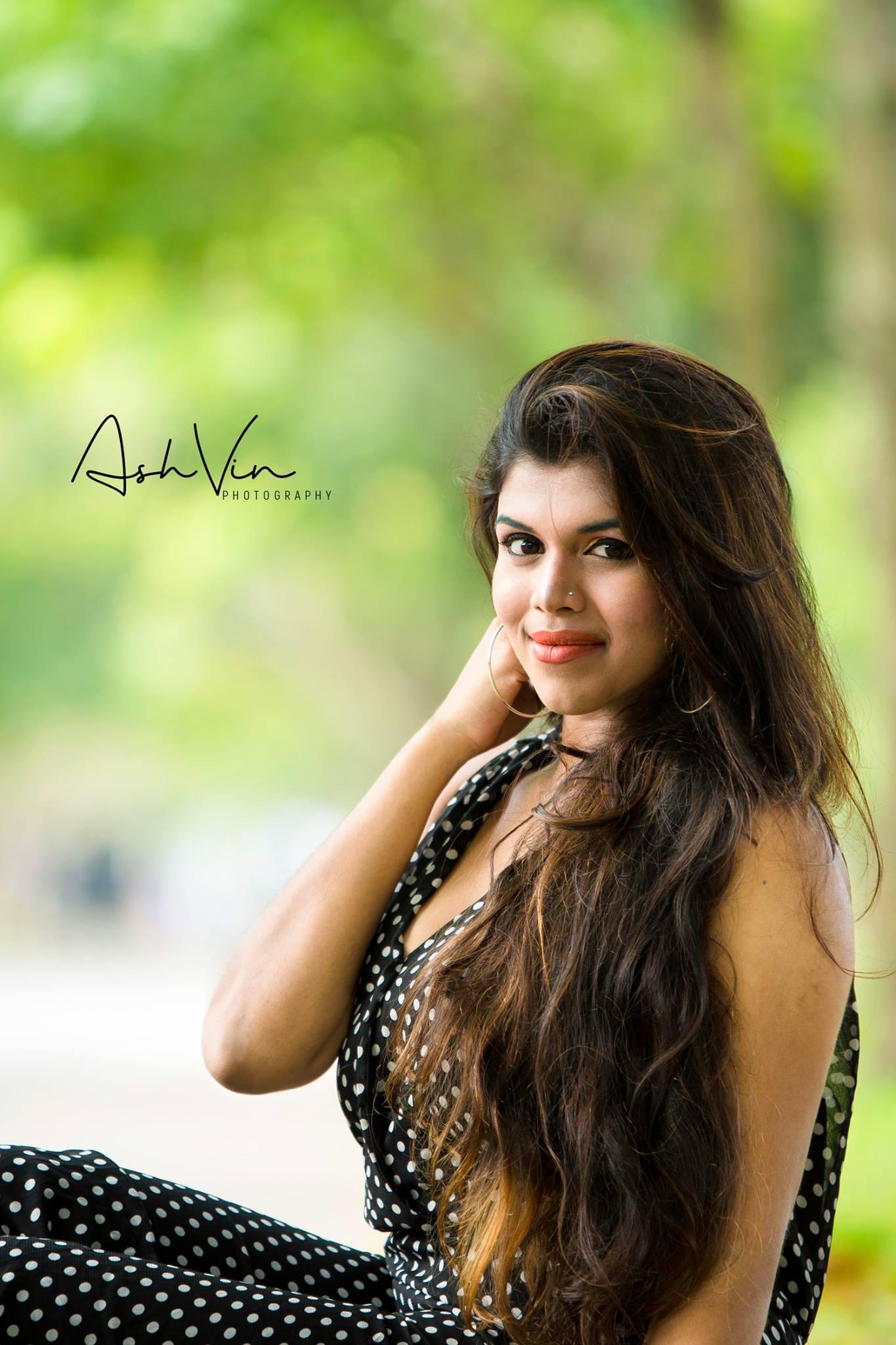 lanka-web-gossip-Heshani-Liyadipita-8