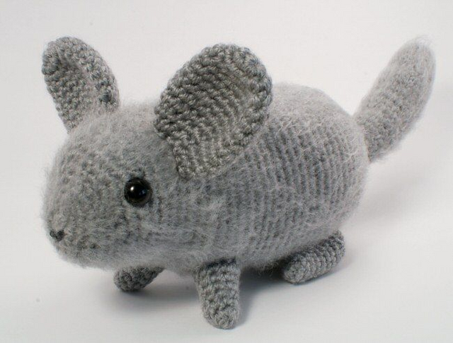 Several crochet chinchillas (in assorted colors).png