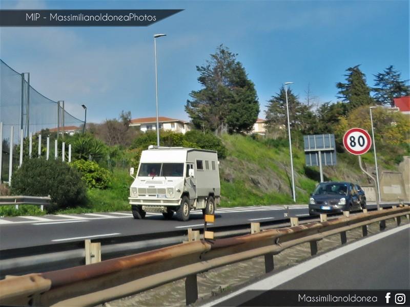 Veicoli commerciali e mezzi pesanti d'epoca o rari circolanti - Pagina 8 Fiat-VM90