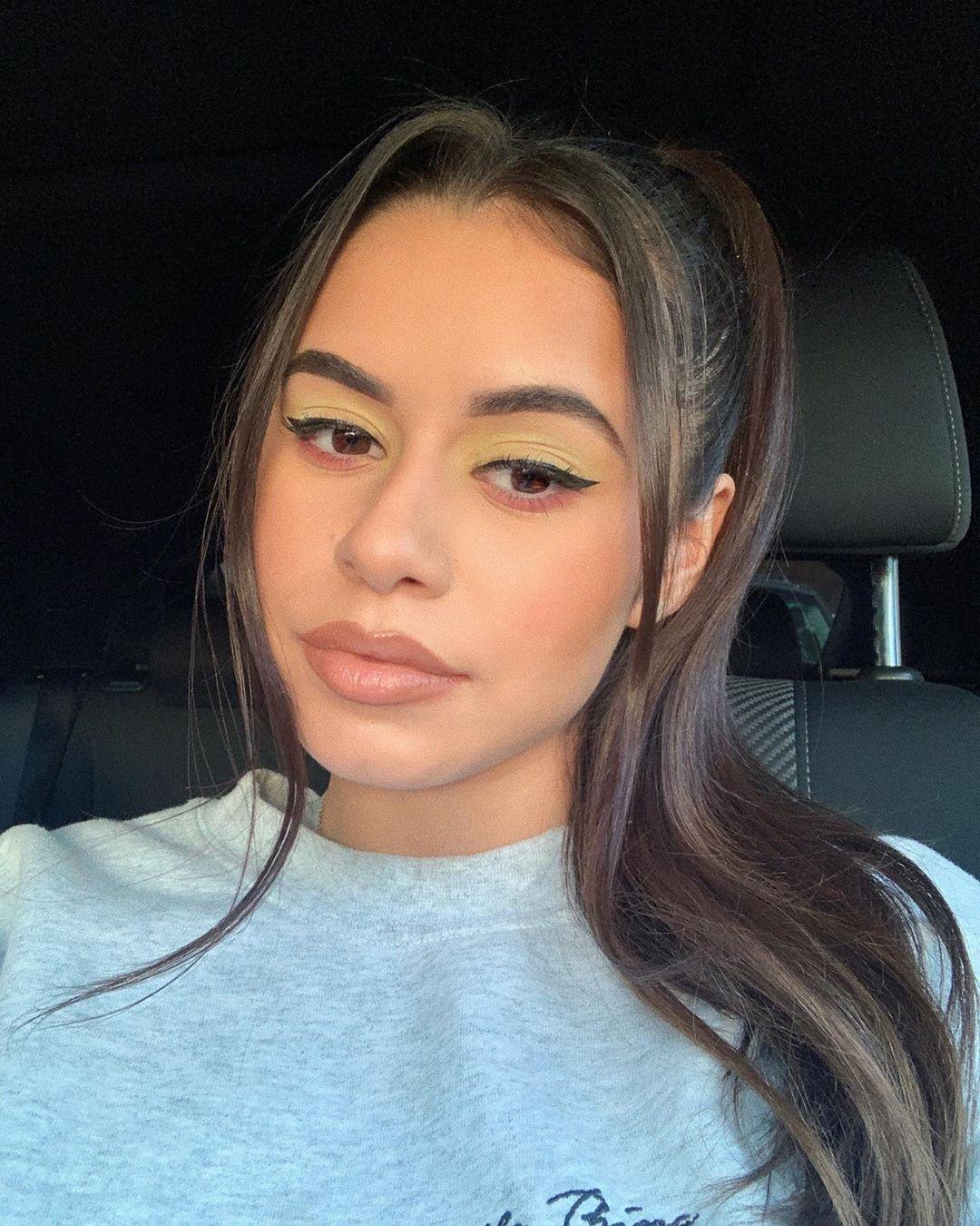 Noelia-Ramirez-Wallpapers-Insta-Fit-Bio-10