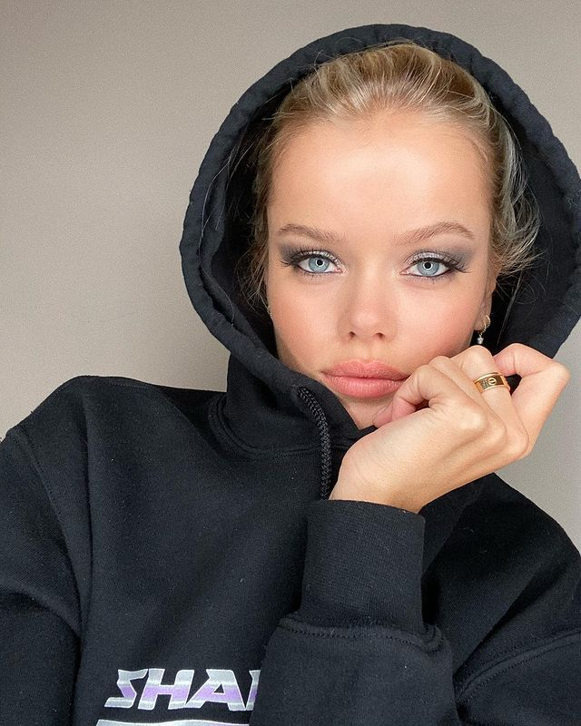 Photo-shared-by-Frida-Aasen-on-2