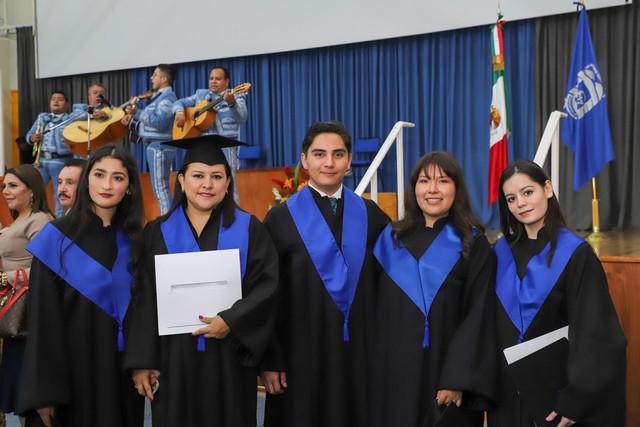 Graduacio-n-Cuatrimestral-111