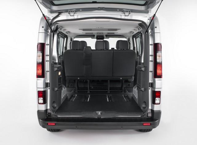 Le Nissan NV300 Combi Fait Peau Neuve New-NV300-Combi-Trunk-7-1200x881