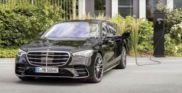 2020 - [Mercedes-Benz] Classe S - Page 20 8-D783-E3-A-D13-F-452-B-BF29-9215-C225908-F