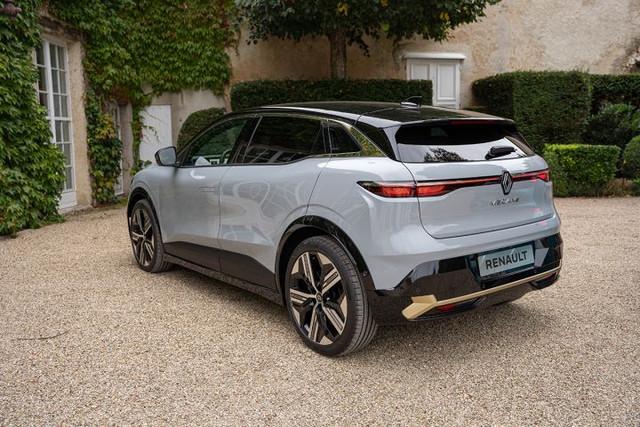 2021 - [Renault] Mégane E-Tech Electric [BCB] - Page 15 49-A26569-1-DBE-43-EA-9-AFA-769-E4-F787-DAD