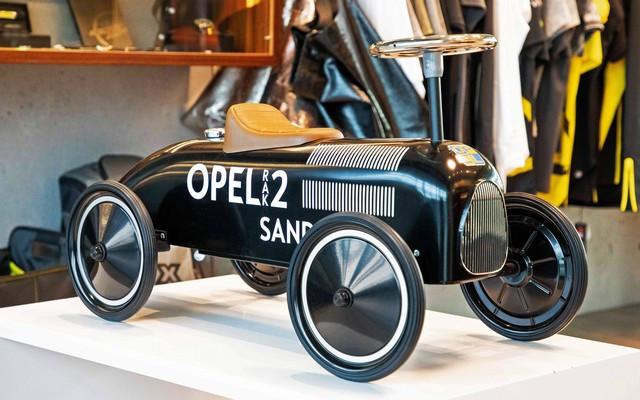 Achats en ligne : les cadeaux de Noël de la boutique Opel 02-Opel-513821