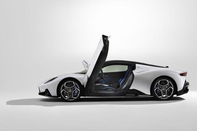2020 - [Maserati] MC20 - Page 5 8-D4988-DF-43-D5-48-E4-9-BC8-EFFB6-F1-FC26-B