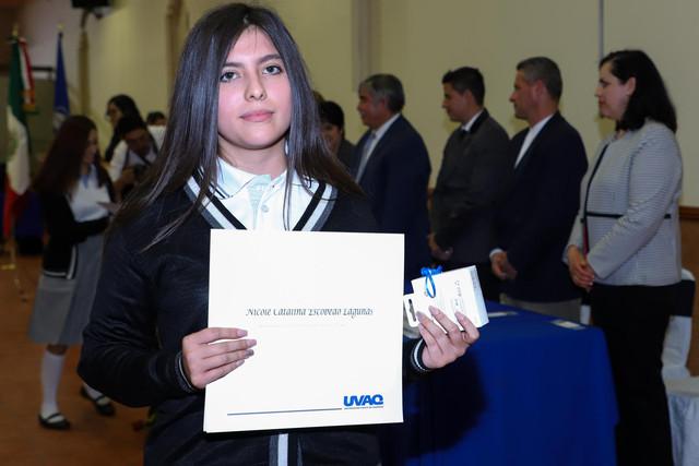 Graduacio-n-Quiroga2019-40