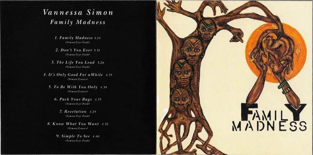 Vanessa-Simon-Family-Madness-booklet-2-3