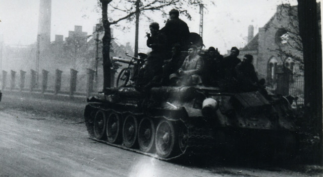 3485-1945.jpg